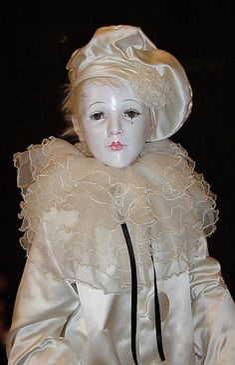 Pierrot on Pinterest | Clowns, Dolls and Boudoir