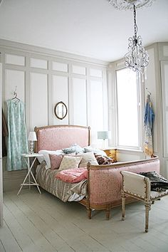french bedroom---- Love the pale grey and pale pinks here.... So pretty! ... i can just imagine my guest room like this (in my DREAM HOME)