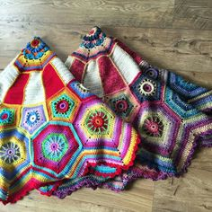 """Carousel Blanket CAL (Crochet ALong) 2016 (Sept. 13 - Nov. 15) - Created By Sue Pinner - Free Crochet Pattern - In US & UK Terms, and also in German and Dutch. PATTERN Available on Stylecraft Yarn's CAL Page. You may use the Designer's colors or your own. ***Make sure to join the Facebook Group """"Official Stylecraft Sue Pinner CAL"""" (link on the Ravelry page also) for help, ideas, support, so much more!! ... it's a great Group with wonderful people!!!"""