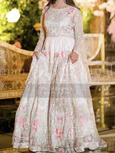 Nikkah Dress, Pakistani Dresses, Asian Fashion, Women's Fashion, Long Frock, Bridal Outfits, Mehndi, Frocks, Wedding Ring