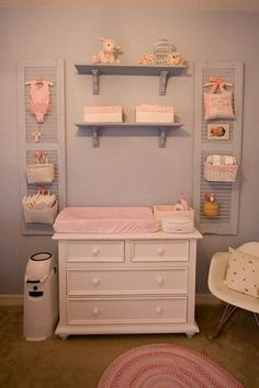 Commode à langer en 19 exemples superbes These are the shutters in my girls' nursery. We've loved having the diaper storage off of the changer surface, but close by. Baby Bedroom, Baby Room Decor, Nursery Room, Bedroom Decor, Childrens Bedroom, Girl Decor, Nursery Decor, Bedroom Ideas, Diaper Storage