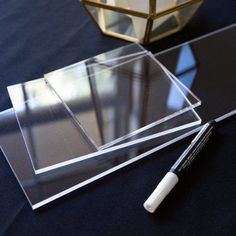 Clear Acrylic Pieces for DIY Wedding