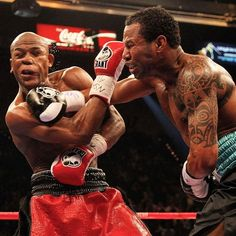 #OnThisDay: Floyd Mayweather proves he can take a punch LINK IN BIO http://www.boxingnewsonline.net/on-this-day-floyd-mayweather-proves-he-can-take-a-punch/ #boxing #BoxingNews #TMT