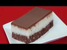 Prajitura Bounty in 10 minute fara coacere / without baking Romanian Food, Romanian Recipes, Cake Recipes, Dessert Recipes, Cheesecake, Deserts, Favorite Recipes, Make It Yourself, Ethnic Recipes