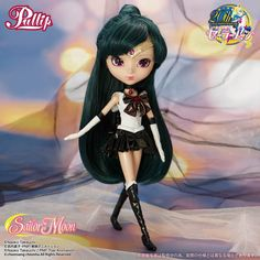 Pullip Sailor Pluto (Premium Bandai Limited Ed. She is a must-have in your Sailor Moon Pullip doll collection. Sailor Moons, Sailor Saturn, Sailor Moon Crystal, Sailor Venus, Pullip Sailor Moon, Green Wig, Sailor Mercury, Made In Japan, Doll Stands