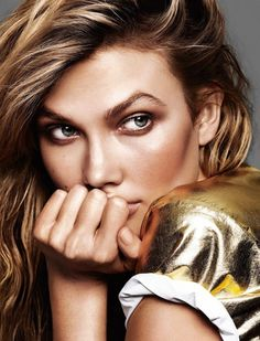 Karlie Kloss For Glamour France June 2015 // beachy waves, bronzed makeup & a gold tee #style #fashion #beauty #hair