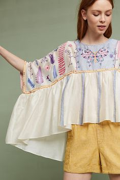 Shop new statement sleeves tops at Anthropologie. Find statement sleeve tops from bell sleeve blouses to ruffled sleeves, balloon sleeves and more. Women's Fashion Dresses, Boho Fashion, Womens Fashion, Bohemian Mode, Looks Cool, Fashion Details, Refashion, Vogue, Textiles