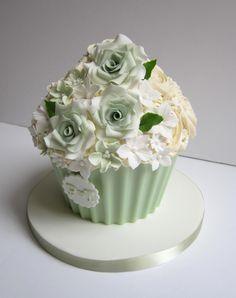 Pale Pink Ab Diamond Pearl Lace Up Corset Ball Gown Wedding Dress Cake Giant Cake, Giant Cupcake Cakes, Cupcake Cake Designs, Fondant Cakes, Flower Cupcake Cake, Big Cupcake, Pastel Cupcakes, 80 Birthday Cake, Wedding Dress Cake