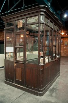 old train station ticket booth Level Design, Old Train Station, Glass Office, Interior Architecture, Interior Design, Coffee Shop Design, Booth Design, Restaurant Design, Modern