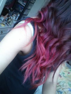 Plum/Magenta Hair - This is how I'd want to do an Ombre