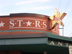 When you are in Sellwood Moreland, be sure to visit Stars Antique mall in #Portland, Oregon for  #vintage #treasures