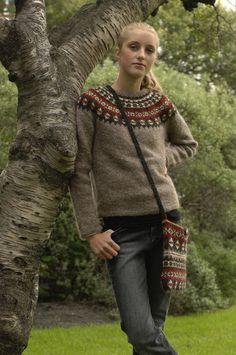 Mönster - AFTUR - Isländsk stickad tröja i Lettlopi - GRATIS