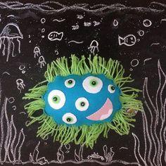 Aloü! Esse fundo do mar é sinixtro. ;D ~ #munstrix #monster #monstrinho #handmade #feitoamao #sobencomenda #escolhaoseu #peçaoseu #encomendeoseu #felt #feltro
