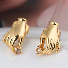 14mm 18K Gold Plated Fashion Hand Shaped Inlay Round Ziron Women Ladies Copper Earrings