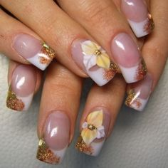 Floral Nail Art Design gives life to your nails. By adding white polish on the tips with flower details on them. Don't forget to add simple stones or glitters or embellishment on top to highlights the details . Spring Nail Art, Winter Nail Art, Winter Nails, Spring Nails, Fall Nails, Simple Nail Art Designs, Fall Nail Designs, Easy Nail Art, Acrylic Nail Designs