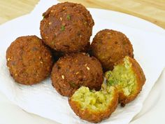 How to make falafel in the slow cooker .