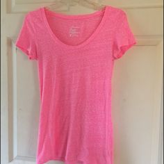 American eagle t shirt Looks new American Eagle Outfitters Tops Tees - Short Sleeve