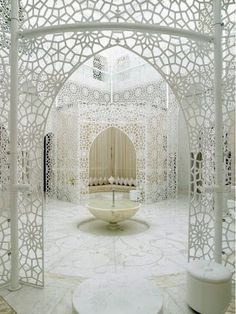 The Royal Mansour Hotel in Marrakech. I hate Marrakech but this room is out of The Lion, the Witch and the Wardrobe. Islamic Architecture, Amazing Architecture, Art And Architecture, Morrocan Architecture, Interior Exterior, Interior Design, Interior Ideas, Palace Interior, Room Interior