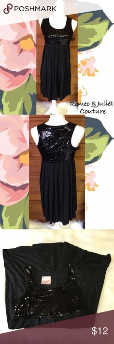 Black Sequin Dress Romeo & Juliet Couture Black Sequin Dress. Size Small and Gently Used. Black Sequin Top and Flowy Bottom on Dress. Super Comfortable and Gorgeous 🎁 Romeo & Juliet Couture Dresses