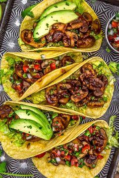 Plant Based Recipes, Veggie Recipes, Whole Food Recipes, Dinner Recipes, Veggie Meals, Mushroom Tacos, Mushroom Dish, Vegetarian Tacos, Vegetarian Entrees