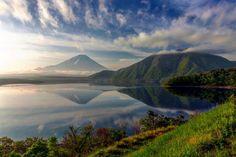 新緑のほとり撮影地 山梨県 #富士山 #mtfuji #東京カメラ部 #bns_japan #icu_japan #wu_japan #wu_asia #igersjp #lovers_nippon #igs_world #igs_asia #GF_japan #IG_JAPAN #team_jp #worldunion #worldmastershotz #worldcaptures #igersmood #wonderfull_places #landscape_captures #world_Lenz #world_shotz #instagoodmyphoto #globaldaily #igglobalclub #insta_crew #igworldclub #instafameshots #amazingphotohunter by akkoakko77
