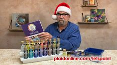 If you're still searching for the perfect gift for the creative on your list, look no further! Andy Jones, Content Editor at Plaid, takes us through the contents of the Let's Paint Folk Art Studio Series kit which is sure to excite the painter in you or as a gift for your crafty loved ones.