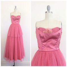 años 50 rosa de tul y satén palabra de por CheshireVintageShop