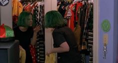 Teenage Bedrooms on Screen - Ghost World (Terry Zwigoff, World Gif, World Images, Movie Gifs, I Movie, Ghost World Movie, Riot Grrrl, Killer Queen, Lost Soul, Tumblr