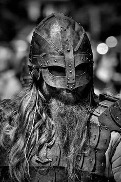 annual medieval festival about the living and fighting of Vikings, Varangians ans Slavics in early medieval age for a better sight you need to see the whole series picture after picture, to overlook the action in it ; Medieval Armor, Medieval Fantasy, Vikings Tumblr, Les Runes, Viking Life, Viking Warrior Men, Viking Helmet, Armadura Medieval, Viking Tattoos
