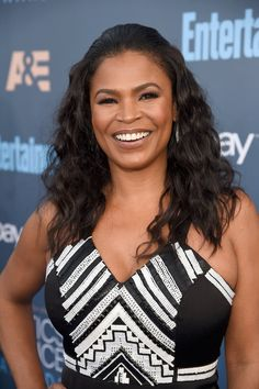 Nia Long - 9 Hairstyles That Won The Critics' Choice Awards Red Carpet Nia Long, Short Black Hairstyles, Cool Hairstyles, Mocha Brown Hair, Critics Choice, Beautiful Braids, Choice Awards, Christina Hendricks, Hollywood Actresses