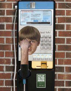 Una llamada puede detener la violencia. A call can stop violence.
