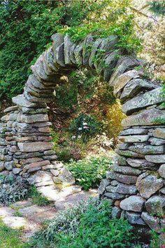 Fairy garden entranc