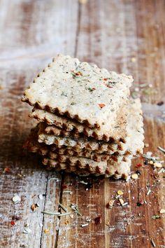 Whole wheat italian herb flatbread crackers