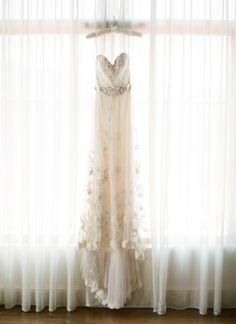 Ojai Wedding from Lacie Hansen Photography | #WeddingGown by #Lazaro | See the full wedding on http://www.stylemepretty.com/2013/11/06/ojai-wedding-from-lacie-hansen-photography/