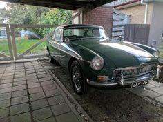 "Tomas' 1968 MG MGB MkI ""Oliver"" - AutoShrine Registry"