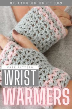 If you fancy any Autumn al fresco crochet, these crochet wrist warmers are PERFECT. Keeping your fingers free for scrolling patterns or working a hook - they keep your wrists and hands toasty warm. Get the pattern for FREE on Bella Coco Crochet, and join our October CAL. Crochet Fall, Quick Crochet, Free Crochet, Beginner Crochet, Crochet Gifts, Crochet Wrist Warmers, Crochet Gloves, Crochet Mittens, Crochet Stitches