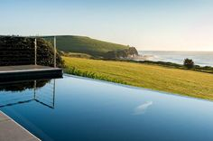 LATITUDE 34....Luxury Beach House, a Gerroa House   Stayz