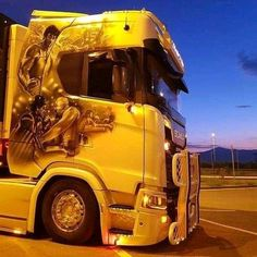 Show Trucks, Big Rig Trucks, Customised Trucks, Girls Showing Off, Car Humor, Classic Trucks, Hot Cars, Murals, Vehicles