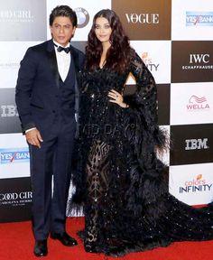 Photos: SRK, wife Gauri, Aishwarya Rai, Shweta Bachchan at Vogue Awards - Entertainment  #middaybollywood #bollywoodactors #bollywoodmovies #bollywoodphotos #bollywoodfashion #bollywoodinstant #bollywoodgossip #bollywoodupdates