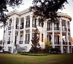 Nottoway Plantation  Nottoway Plantation, also known as Nottoway Plantation House is located in White Castle, Louisiana. This home was completed in 1859 for the John H ..  http://www.beautyfashionfragrance.us/2017/05/26/nottoway-plantation/