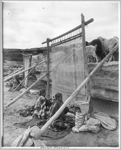 ๑ Nineteen Fourteen ๑ historical happenings, fashion, art & style from a century ago - Navajo weavers circa 1914.