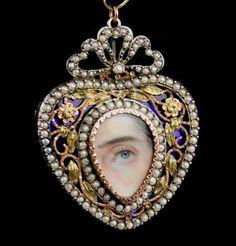 Antique Pendant Silver & Gold Brooch Extraordinarily delicate details