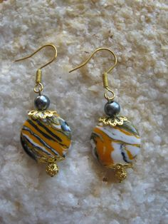 Beautiful Gold Hook Earrings with Striped Agate & Black Pearl Would you like to wear these earrings? Please let me know, thank you :-) You can find these and other beautiful Jewelry & Acces...