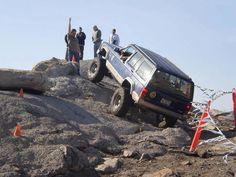 Jeep Cherokee XJ climbing wall paper