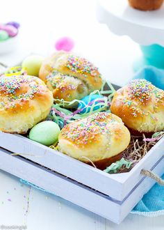 Easter-bread-muffins