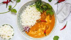Rádi byste zkusili populární pokrm plný koření a neskutečné vůně? Nedivíme se, indické kari a další podobná jídla jsou silně návyková. Asian Recipes, Ethnic Recipes, Thai Red Curry, Food And Drink, Cooking Recipes, Treats, Vietnam, Foods, Inspiration