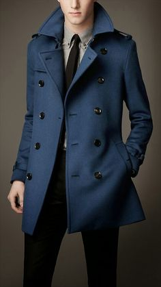 Fabrizio / looks / Burberry London Wool Trench Coat Fashion Mode, Look Fashion, Winter Fashion, Mens Fashion, Fashion Trends, Fashion Menswear, Fashion Updates, Blue Fashion, Petite Fashion
