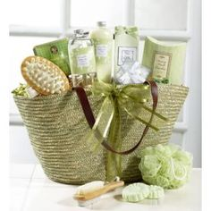 Green Tea Spa Gift Basket/ Soft and elegant Mothers Day/ Valentines 5 Gifts, Craft Gifts, Holiday Gifts, Christmas Gifts, Girl Gifts, Diy Gift Baskets, Raffle Baskets, Spa Basket, Basket Ideas