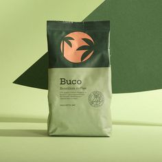 Creative Branding Dieline's Top 50 Packaging Projects of 2018 Packaging Box Design, Retro Packaging, Pouch Packaging, Coffee Packaging, Brand Packaging, Label Design, Branding Design, Package Design, Chocolate Packaging