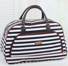05e6bbbee7ec 2016 Women Waterproof Travel Bag Summer Style PU Leather Women Bag Travel  Duffel Bag New Tower Beauty Lady Print Luggage